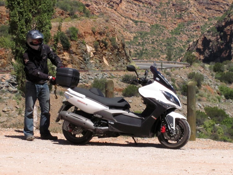 Road trip on a Kymco Exciting 500i scooter